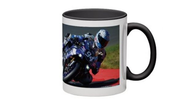 mug tasse caf gmt94 world champion ewc. Black Bedroom Furniture Sets. Home Design Ideas